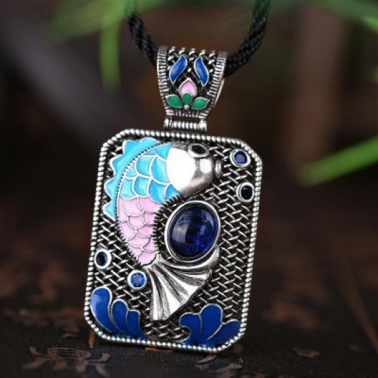 N010-A Ladies Carp Pattern National Style Necklace